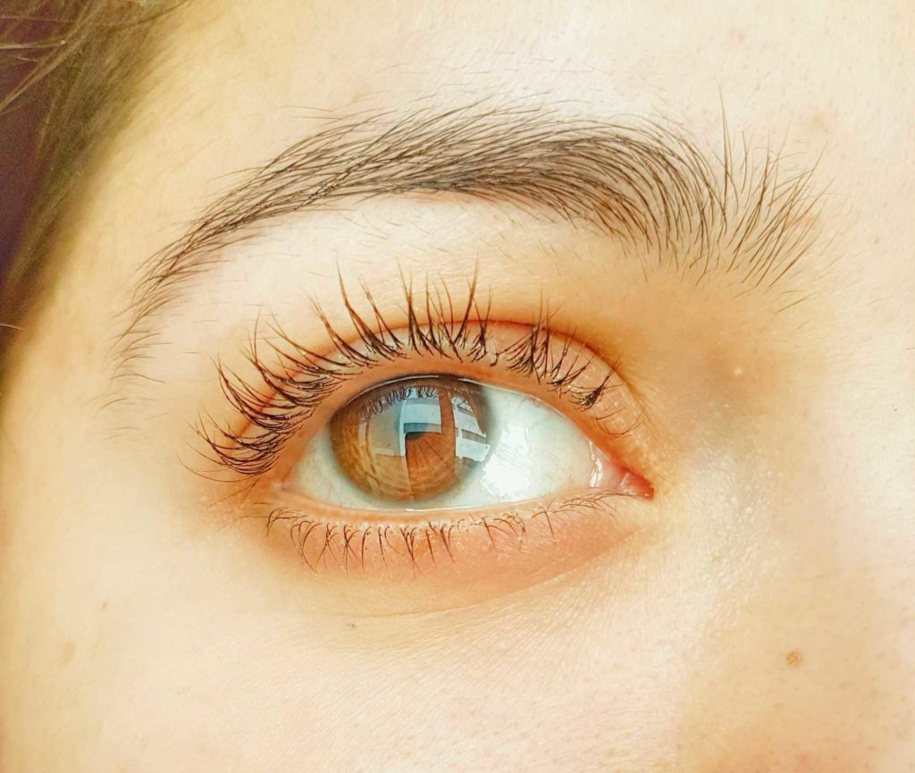 How to make Eye Lash Serum at home