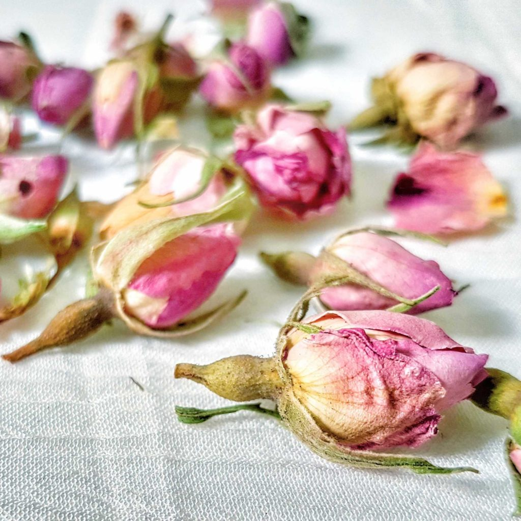 Dried Rose Buds for skin